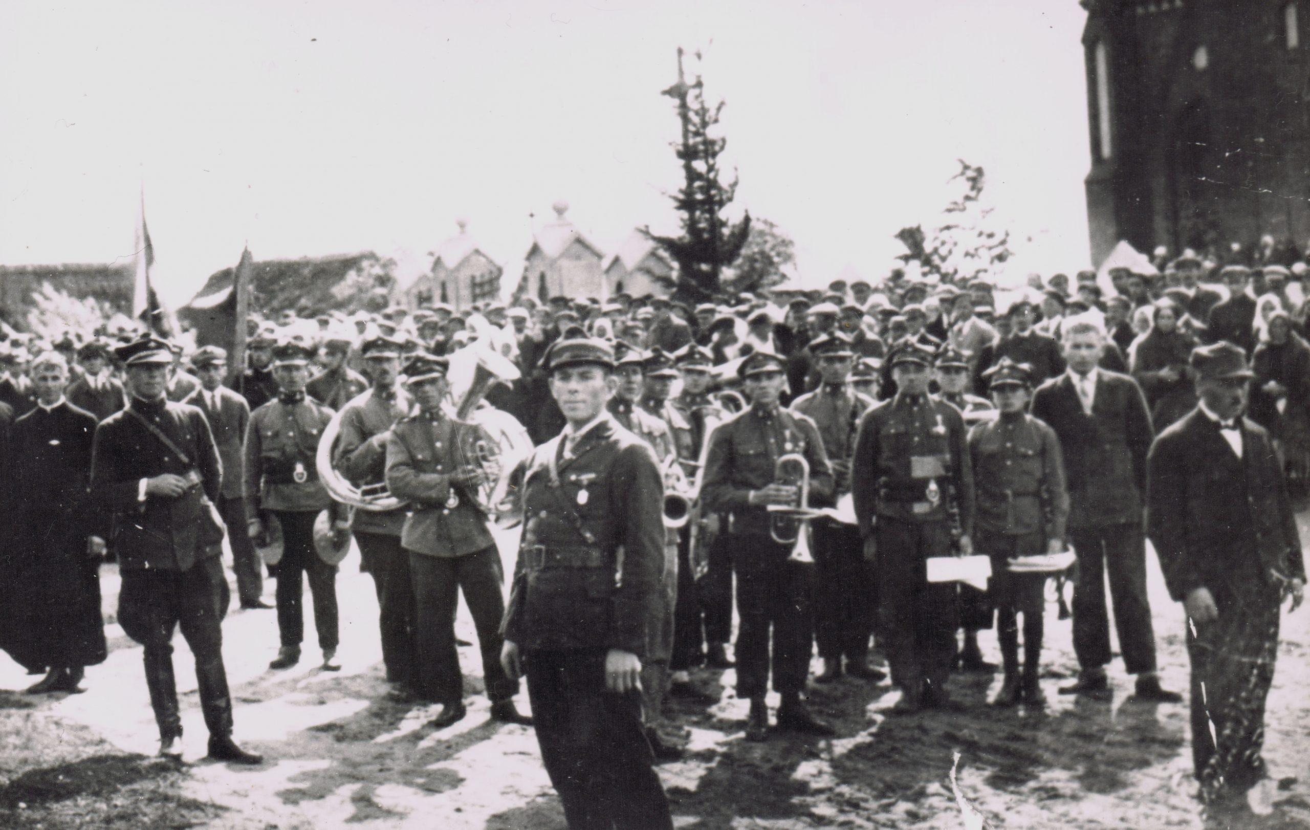 Uroczystość oddania kościoła do sprawowania liturgii. 27 września 1929 r.