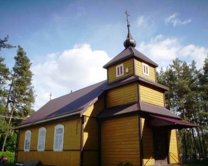 Molenna pw. Zaśnięcia Matki Bożej z 1948 r. w Gabowych Grądach. Fot. Józefa Drozdowska