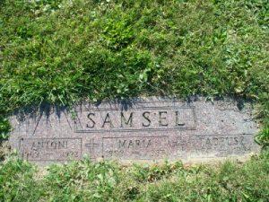 Nagrobek Antoniego, Marii i Tadeusza Samselów ( Saint Adalbert Cemetery Middleburg Heights, Cuyahoga County, Ohio, USA)
